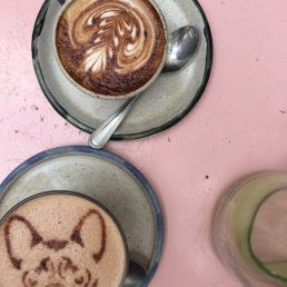 Cappuccino en coco chai latte